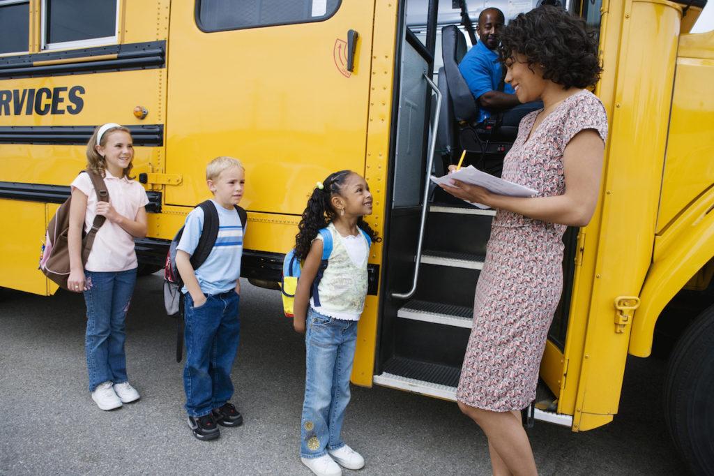 Muss das Jobcenter die Schülerbeförderungskosten für den Besuch einer Waldorfschule übernehmen?